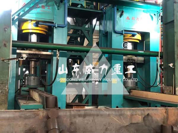 2000吨粒子钢热压块成型液