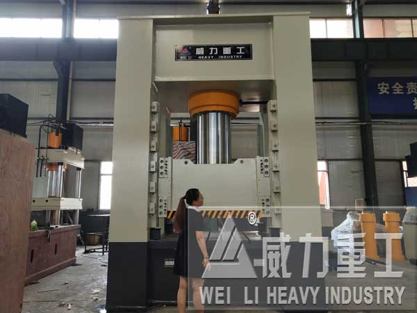 800吨框架式滤板模压成型液压机